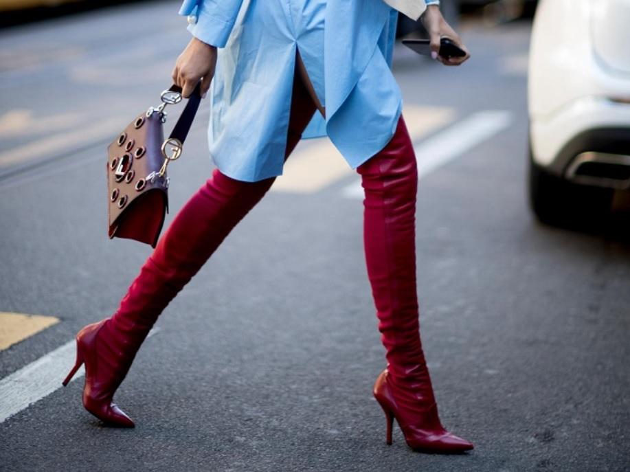 Тренд осінь-зима 2017/2018. Червоні чобітки, які обов'язково повинні бути в кожної.