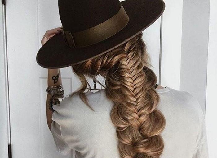 Ідеї зачісок з косою