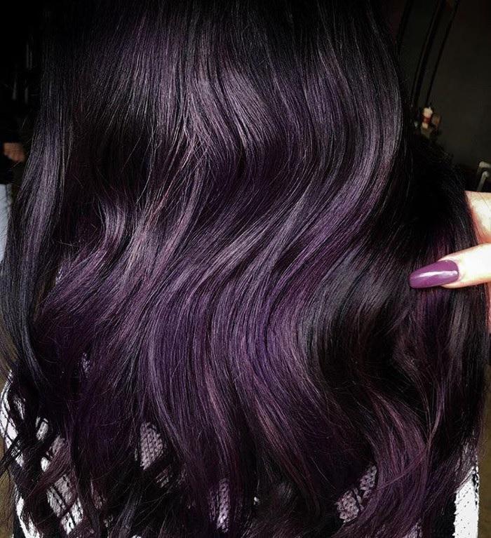 Фіолетове (Ожинове) фарбування волосся - тенденція сезону весна/літо