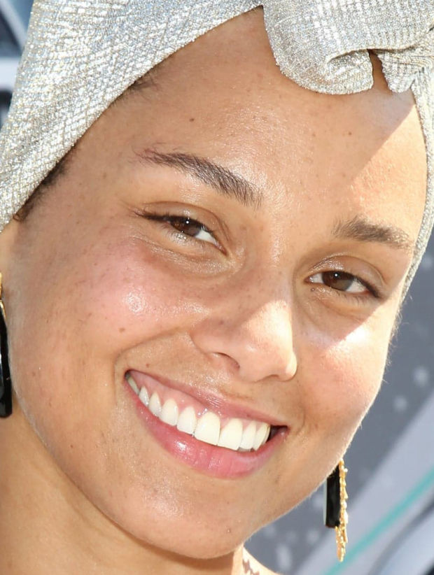 alicia_keys_2.jpg (92.17 Kb)