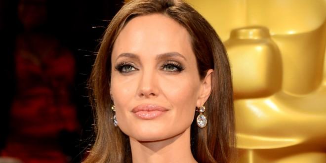 Анджеліна Джолі: Я зрозуміла, навіщо мені ці губи