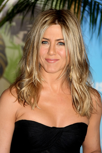 aniston_smuzi.jpg (94.08 Kb)