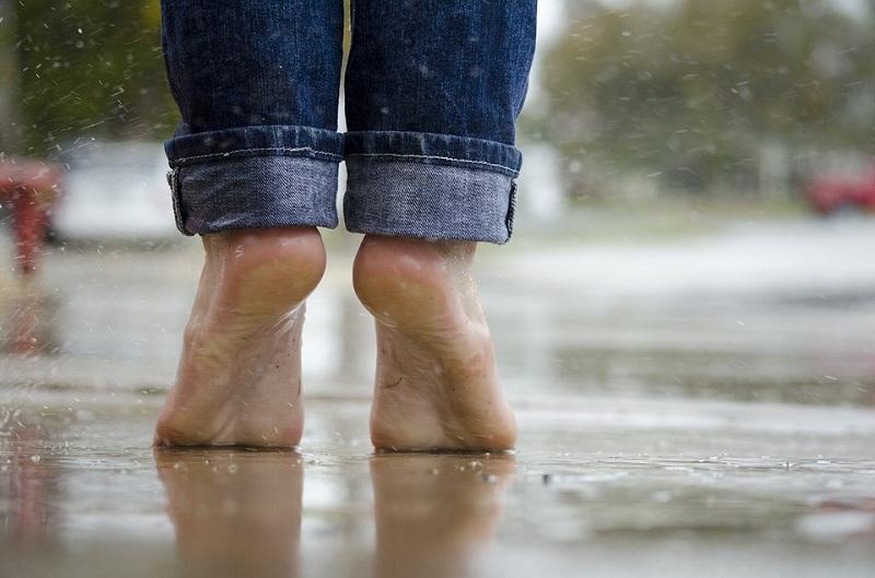 barefoot-1835661_960_720.jpg (114.02 Kb)
