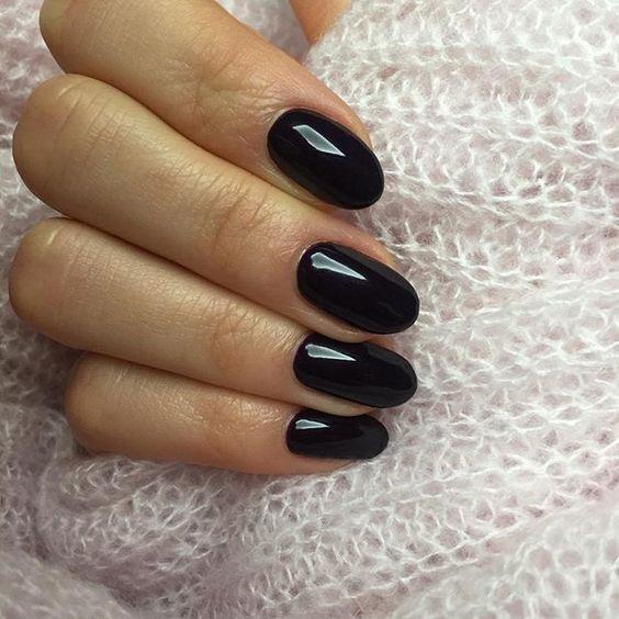 black_manicure.jpg (92.07 Kb)