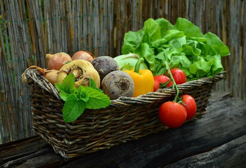 Як потрібно харчуватися, аби залишатися енергійною протягом всього дня