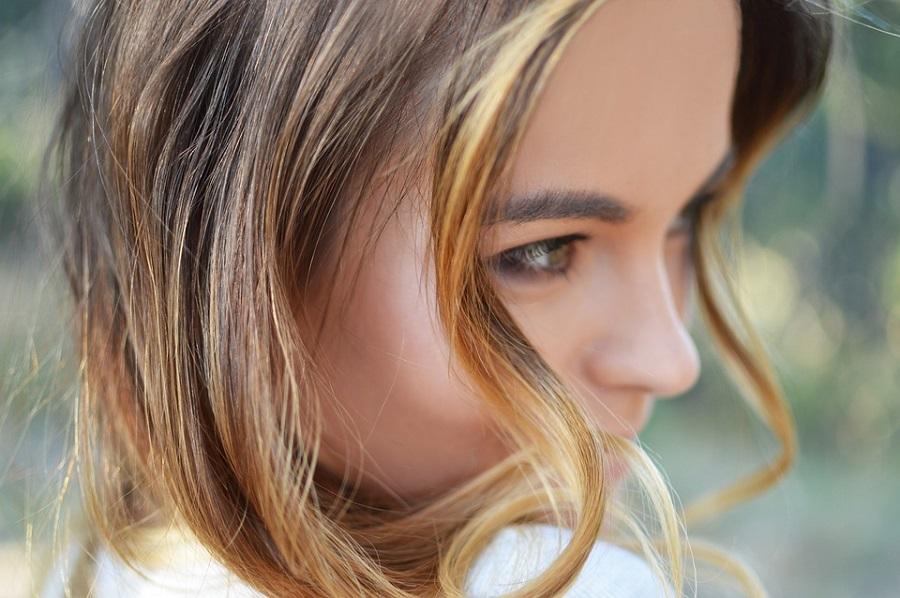 Місячний календар фарбування волосся на січень 2020