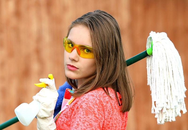 10 лайфхаків прибирання, які потрібні кожній жінці