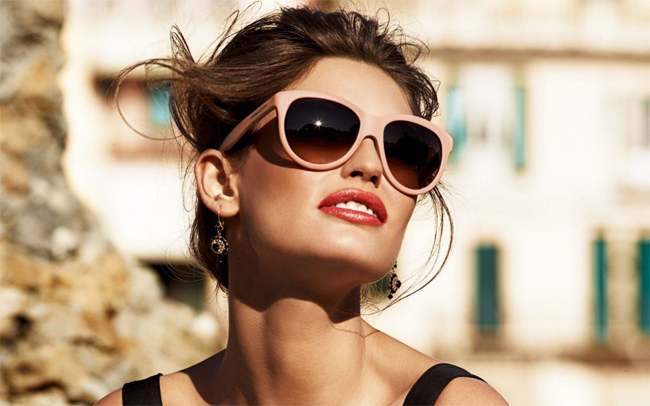 Як вибрати якісні сонцезахисні окуляри за всіма правилами   Самопочуття a1f7649fa73c8