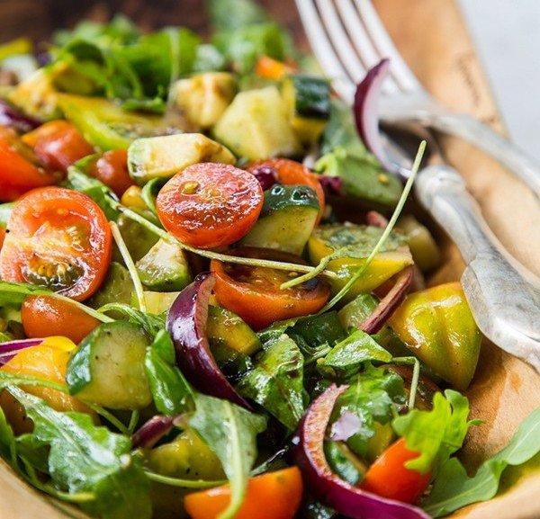 jessika_biel-salad2.jpg (99.87 Kb)