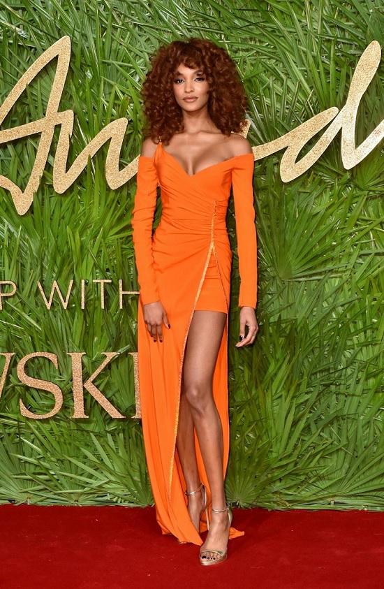 jourdan_dunnnaikrasze-vbrannya-z-fashion-awards-2017.jpg (229.29 Kb)