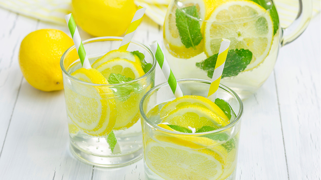 lemon-water_perevagy2.jpg (203. <!-- /29636627/krasainfo.com_native1_728x90 -->