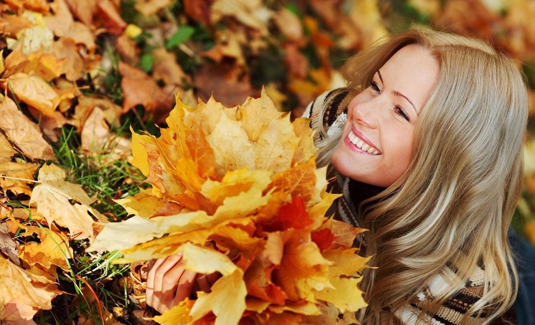 Косметика для осені. Що необхідно мати в косметичці восени