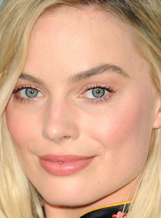 margot_robbie_2.jpg (80.32 Kb)