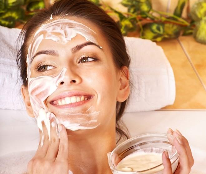 День краси. 8 спеціальних весняних масок, які порятують шкіру після зими