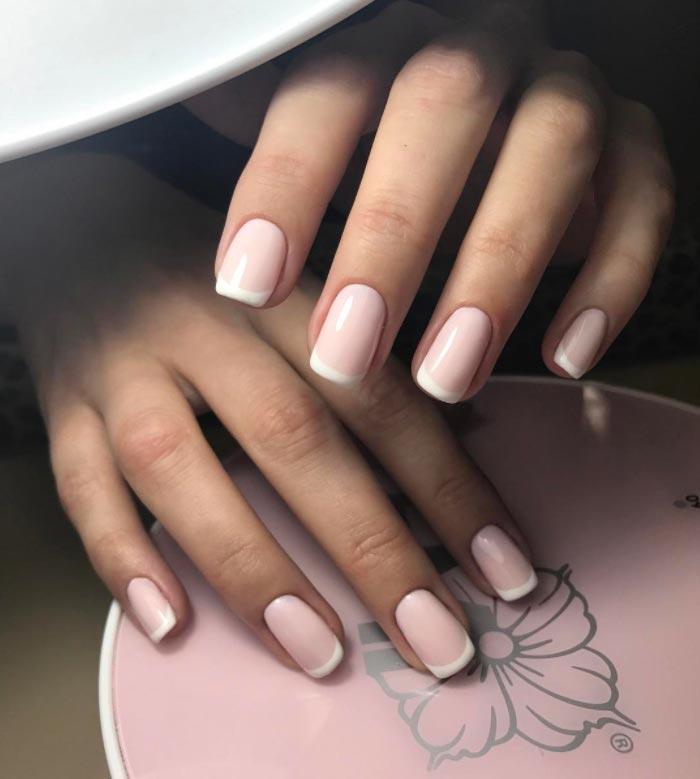 molochno_rogevy_francuzky_manicure.jpg (43.01 Kb)