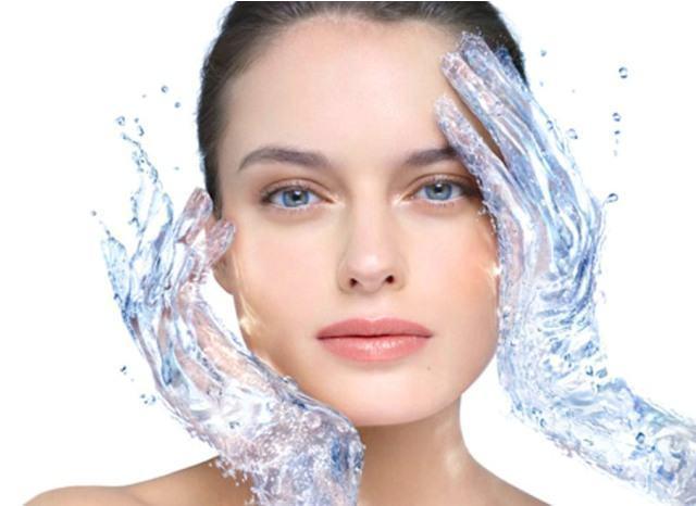 Як доглядати влітку за жирною шкірою. Правильно вмиватися ef8901930d15b
