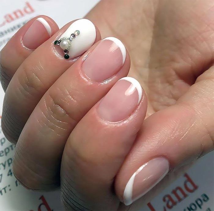 perevernuty_francuzky_manicure.jpg (47.16 Kb)