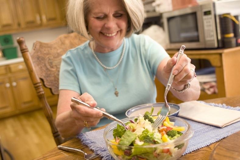 Продукти харчування, які допоможуть боротися із зморшками