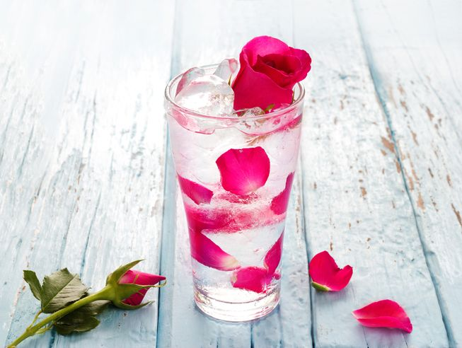 rose-water-5.jpg (.39 Kb)