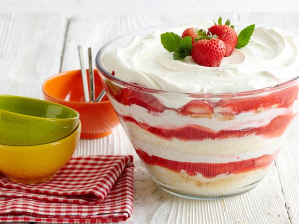 strawberry_desert.jpg (203.97 Kb)