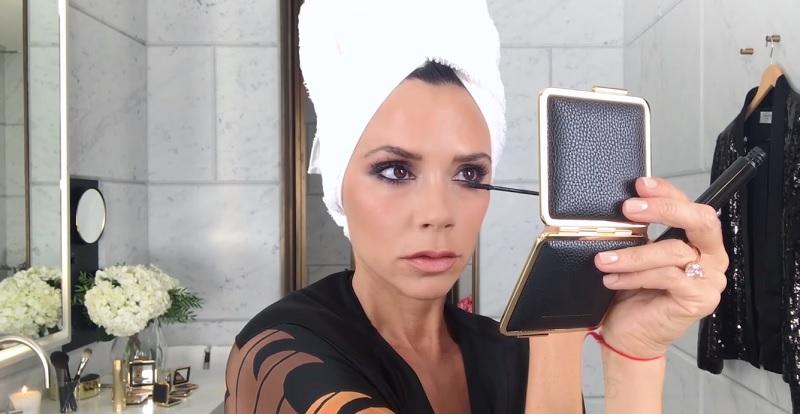 Вікторія Бекхем поділилась своїм макіяжем для червоної доріжки (відео)