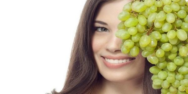 Виноградна маска для обличчя