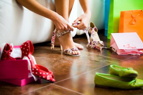 Базовая летняя обувь: какие модели должны быть в вашем гардеробе