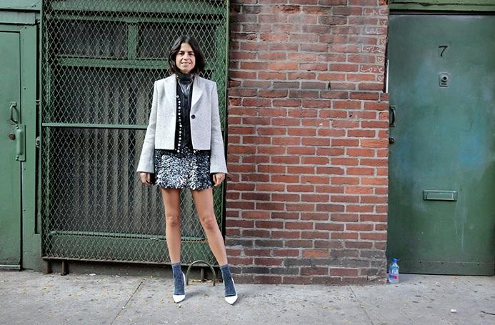 Як правильно носити міні-спідниці